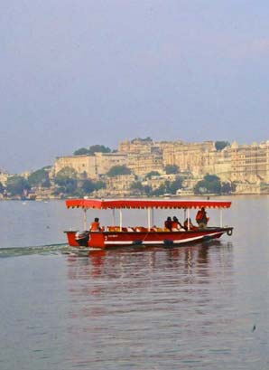Half day Udaipur tour
